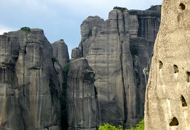 Hiking and rappel at Meteora